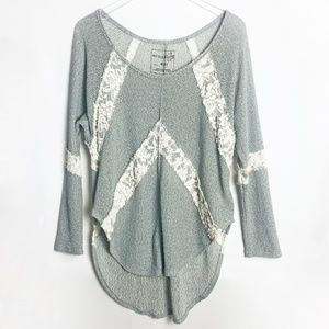 We The Free | Flying V Hacci Long Sleeve Top  M